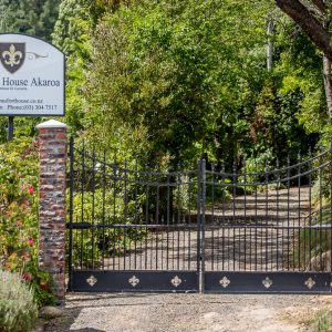 Beaufort House - Entrance and gate