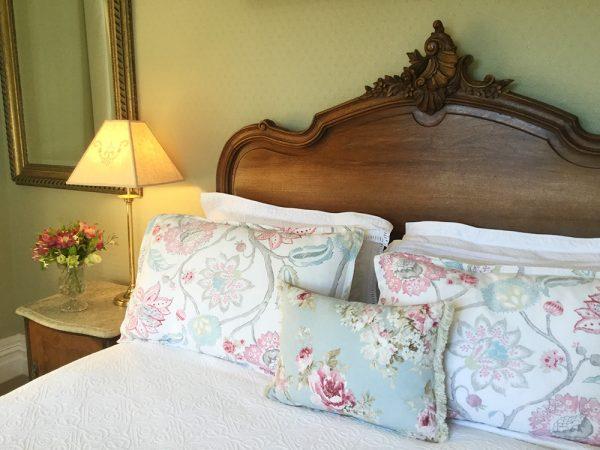 Beaufort House - Fyfe Room bed