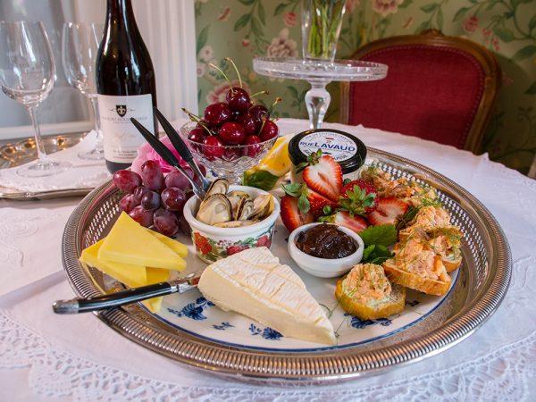 Beaufort House Luxury Accommodation Akaroa Canapes & Beaufort Wine